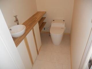 お掃除らくらく全自動お掃除トイレプラン | 流すたびにトイレ自身が、便器をきれいにしてくれるから、掃除ラクラク