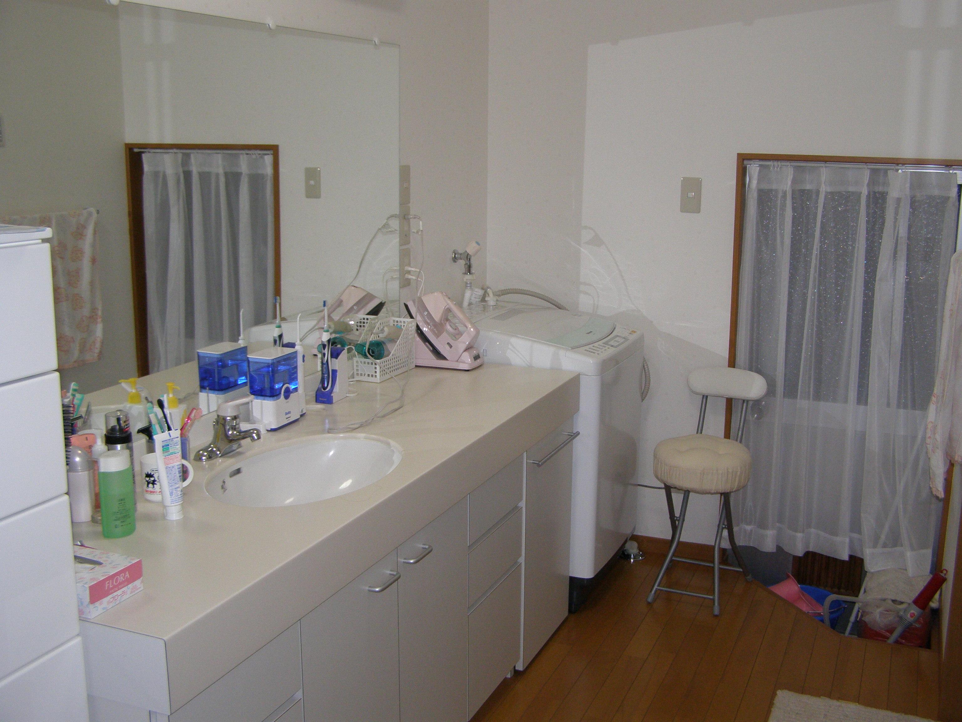 お家まるごとリフォーム | 洗面化粧台